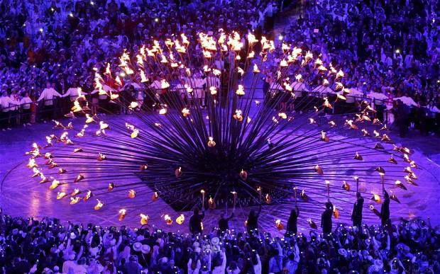 london-thomas-heatherwick-the-designer-behind-the-olympic-cauldron-that-stunned-viewers_0.jpg